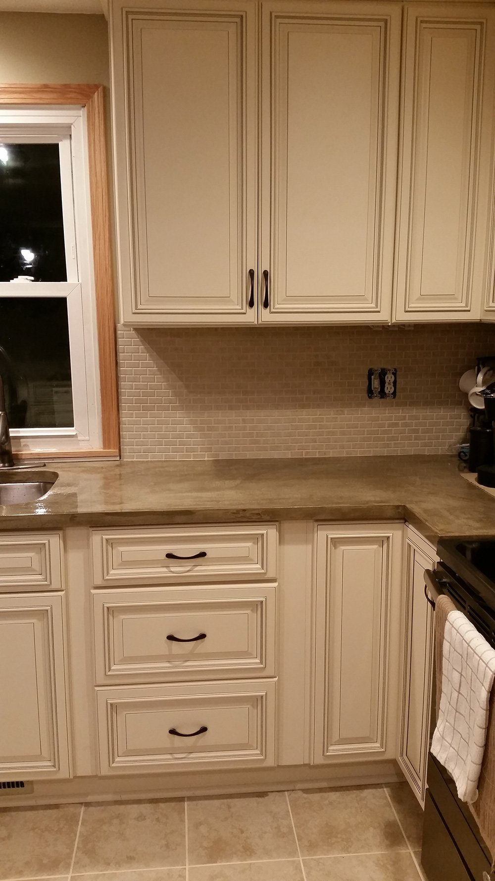 Buy pearl kitchen cabinets online for Best kitchen cabinets online