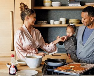 Chrissy Teigen Open Kitchen Shelves