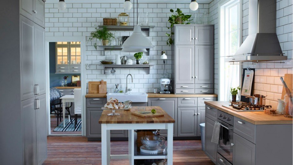 Top Hardware Styles To Pair With Your Shaker Cabinets - Light gray shaker cabinets