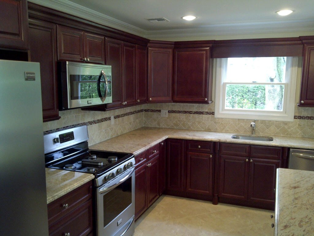 Buy cherry glaze kitchen cabinets online for Cabinetry kitchen cabinets
